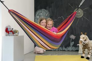 Amazonas Chico rainbow kids hammock.