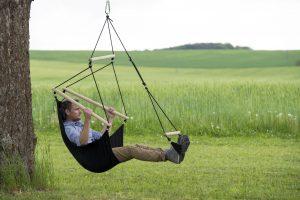 Amazonas Swinger black hang chair.